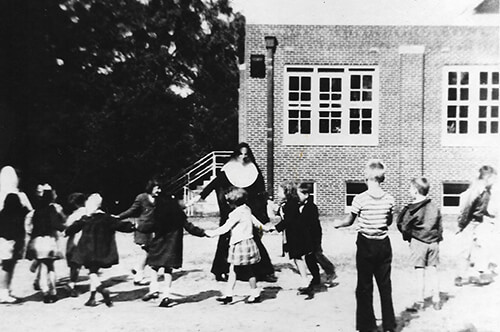 Sept. 6, 1950: SFdS opened with 105 students in 1st through 6th grades